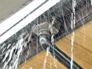 屋根修理,火災保険,無料補修,雨漏り